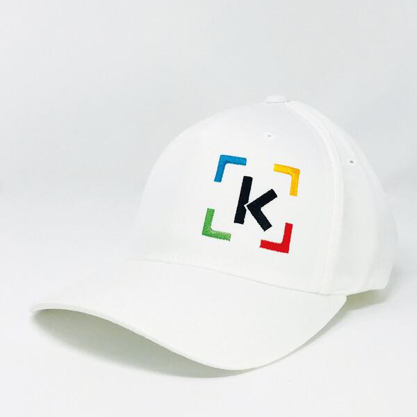 ktchng Kapperl weiß Foto